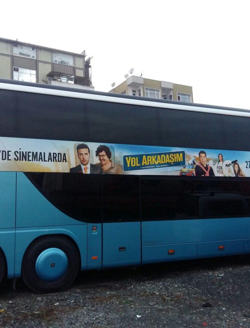 Seçim otobüsü giydirme